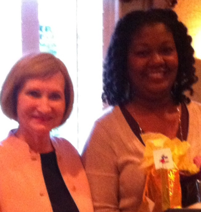 Milly Bergman presents AAUW Fort Bend Educator of 2016 award to Aerica Dial, Teacher, Townewest Elementary, 5th Grade